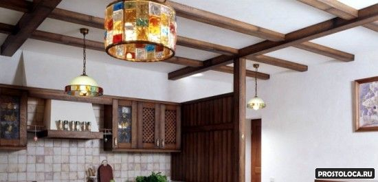 потолок кухни в стиле кантри
