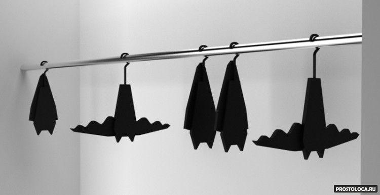 необычные вешалки для одежды 3