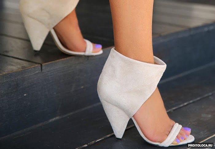 клиновидный каблук