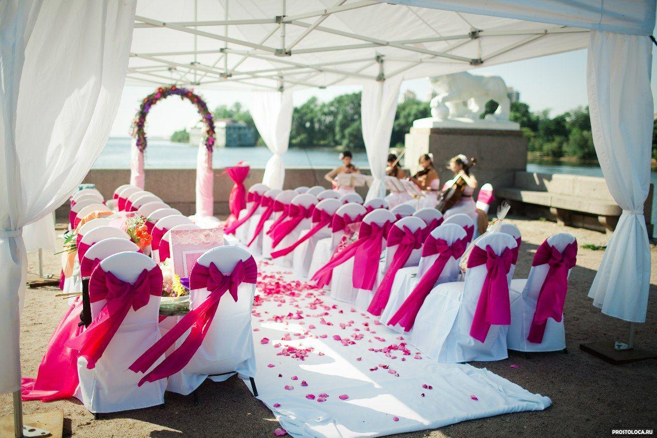 Оформление свадебного зала в розовом