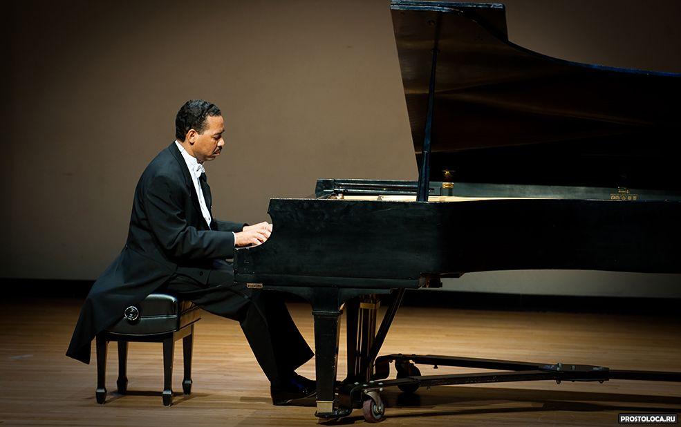 постановка рук пианиста 2